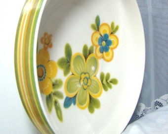 Mid Century Mod Noritake Chestnut Hill Vegetable Serving Bowl. Olive and Yellow Stripes and Flowers. Mod Decor.