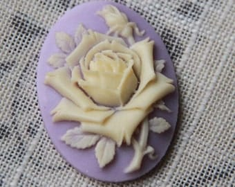 6 pcs of pink rose cameo 30x40mm -0400-white on lilac