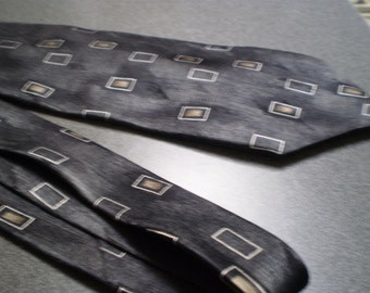 Vintage Wide Necktie Made in the USA by Don Loper Beverly Hills
