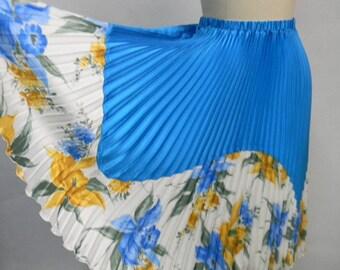 Blue Flower Print Skirt - Pleated