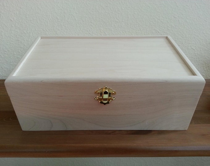 Custom Woodburned and Oil-Colored Box - YOU pick the design :)