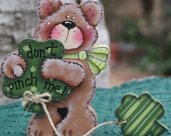 Wood Bear with Shamrocks - St Patrick's Wood Decoration - Table or Shelf Sitter