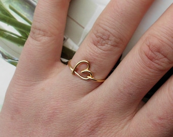 Gold Wire Heart Ring non-adjustable Dainty Ring