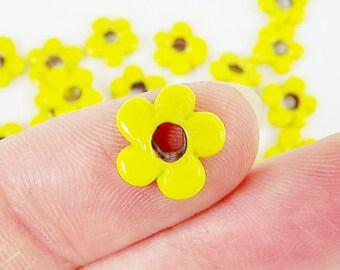 20 Citrus Yellow Mini Flower Artisan Handmade Glass Beads - 13mm - BE144