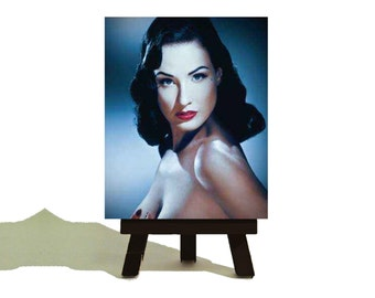 Dita Von Teese Beautiful Vintage Pin Up - Classic Miniature Canvas and Easel Set  - The Perfect Gift !!!