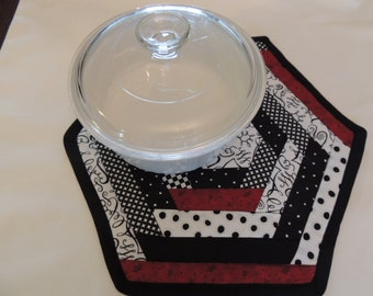 Quilted Table Runner, Table Topper, Table Linens, Hot Pads, Kitchen and Dining, Red, White and Black, Wedding Gift