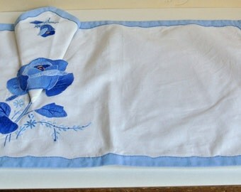 Vintage Linen Appliqued and Embroidered Shabby Chic Cobalt  Blue Denim Rose Placematts and Napkins Set of  7 REDUCED