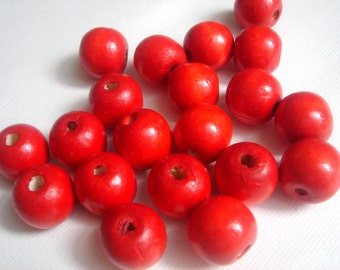 20  Wooden beads -Red