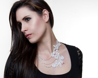 Floral White Lace Venice Necklace