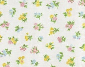 ONE Sweet Vintage Sheet Fat Quarter, Vintage Floral Fabric, Vintage Fabric, Reclaimed Fabric, Sewing Supplies, Quilt Supplies, FP8