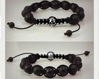 Shamballa style macrame bracelet - silver closing skull