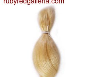 BD0006M6 Blonde Curve NuBorn Mohair 0.25 oz