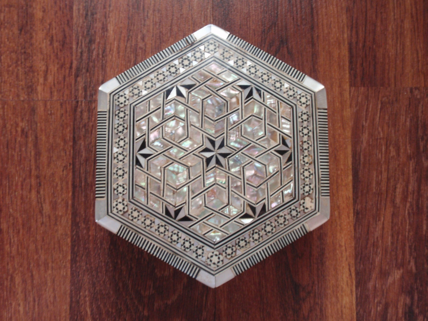 Home Decor Vintage Egyptian Mother Of Pearl And Bone Inlaid