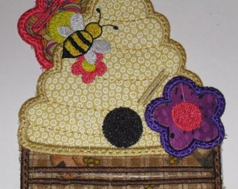 Magnetic Embroidered Beehive Notepad Holder