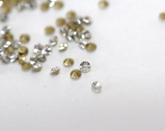25 Pcs. rhinestones / crystal glass chatons / 2 mm / clear KL018