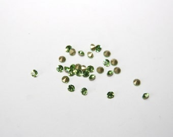 25 Piece rhinestones / crystal glass chains / 3 mm / color peridot - green KL008