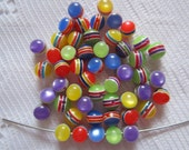 25  Red Green Blue Yellow & Purple Fiber Optic Striped Round Acrylic Resin Beads  6mm