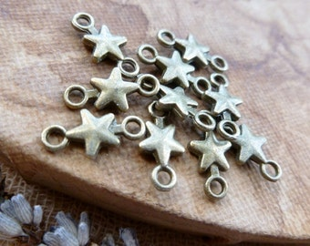 10x Star Connector Charms, Antique Brass Pendants C291