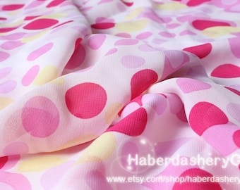 1 Meter Chiffon Fabric CH99 - 70s Seventies Retro Funky Polka Dot In Pink