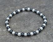 Black and White (Fake) Pearl Bracelet