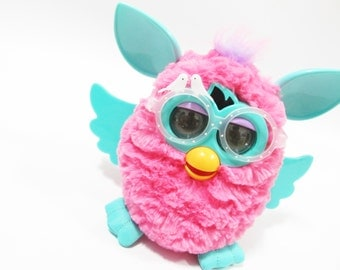 Flying wing-for furby