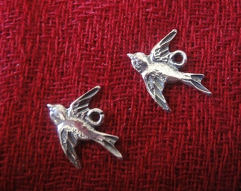 925 sterling silver oxidized Swallow Bird Charm, Pendant 1 pc.