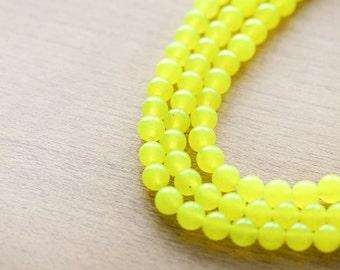 40 pcs of Yellow Round Dyed stone Beads - 5 mm