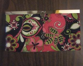 WALLET/CLUTCH - Black/pink/green floral