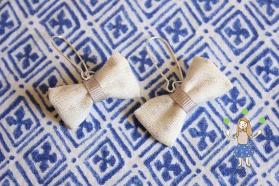Boucles d'oreilles noeud ivoire