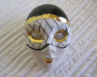 Ceramic Pierrot Brooch, Clown Brooch, Cicra 1980.