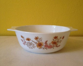 "Pyrex ""Country Autumn"" Casserole Dish - 1 1/2 Quart"