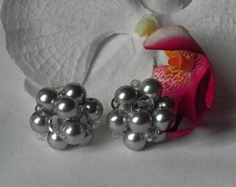 Grey Pearl Cluster Bridesmaids Earrings, wedding jewelry post earrings, Jacqueline Bridesmaids Earrings.