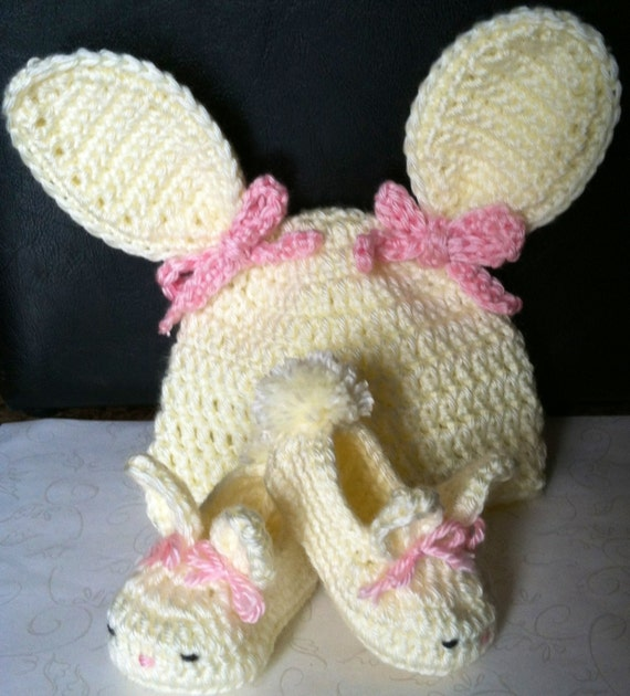 Easter Crochet Baby Hat and Bootie Set Size 0-6 Months