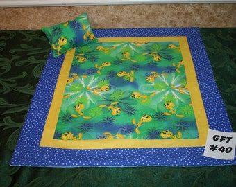 """Tweety Bird, American Girl sized, reversible doll bed quilt 17.5"""" x 20.5"""" with matching pillow 4"""" x 6"""""""