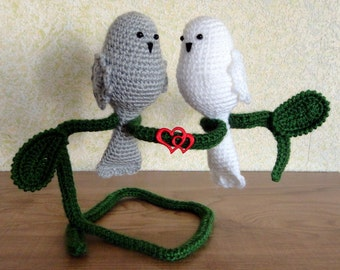 Birds in love Wedding and home decoration Crochet Handmade Stuffed Animals Soft toy Amigurumi.  Ready to ship.