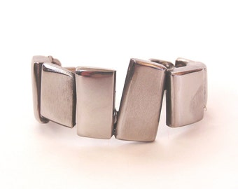Metal Stainless Steel Bracelet Cuff: Rhythm Line Fabricated from Repurposed Materials