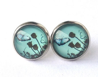 Summer Meadow mint-colored earrings with butterfly