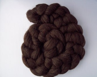 Black Welsh Mountain Spinning Fiber, Top Roving 100g / 3.5oz, British Wool