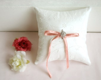 Grace wedding ring pillow