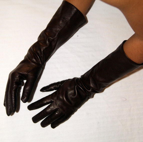 You searched for: brown leather gloves! Etsy is the home to thousands of handmade, vintage, and one-of-a-kind products and gifts related to your search. No matter what you're looking for or where you are in the world, our global marketplace of sellers can help you find unique and affordable options.