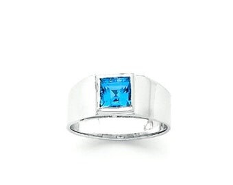 Sterling Silver Ring w/ square Genuine London Swiss Blue Topaz center stone.