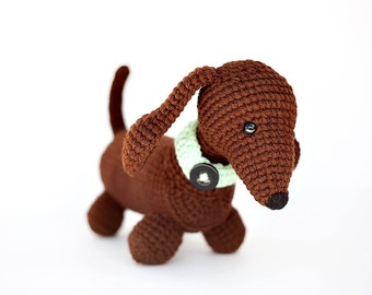 PATTERN: Gunner the Dachshund