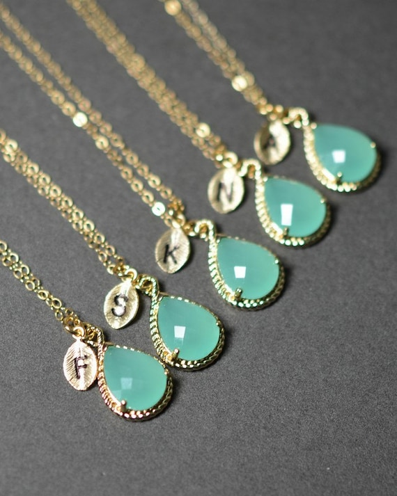 Wedding ideas shabby chic gold and mint wedding for Gifts for bridesmaids from bride