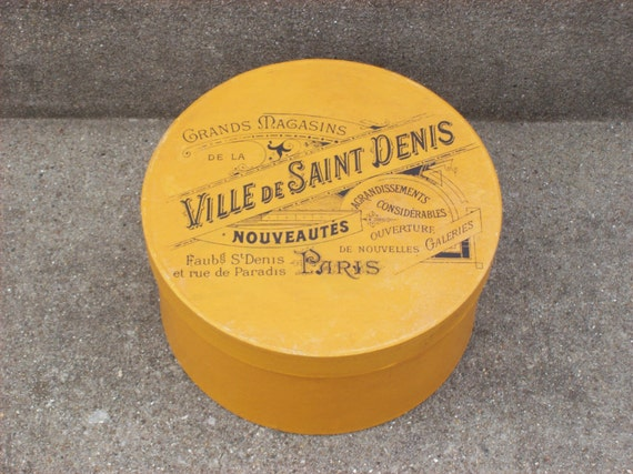 Cool Vintage 1920's Department Store Small Hat Box Round Container Storage Paris, France Advertising