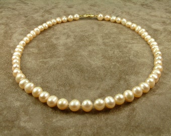 Pink Pearl Necklace 7.5 - 8 mm