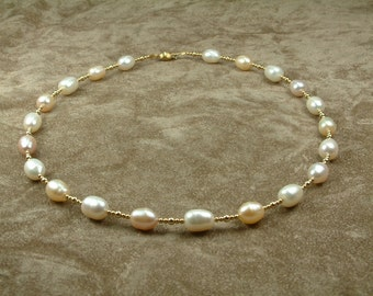 White and Pink Pearl Necklace 8 - 9 mm with Gold