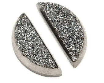 Sparkling Grade AAA 2 Pieces Silver Half Moon Calibrated Druzy Agate Cabochon 5x13m B56DR8482