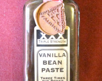Pure VANILLA PASTE - Full of vanilla seeds - Use like Vanilla Extract - Small Batch - No Sweetener