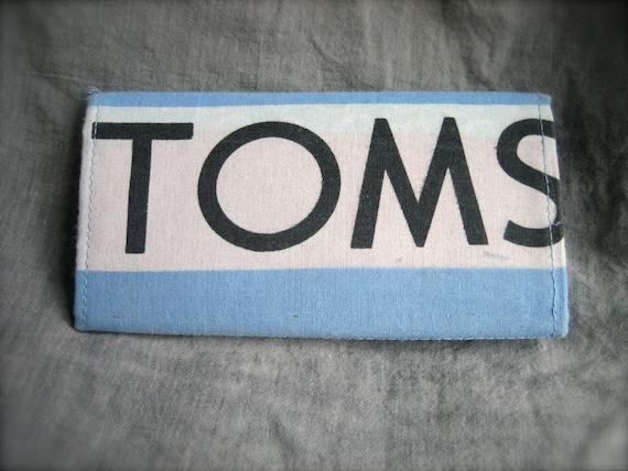 TOMS Flag Wallet