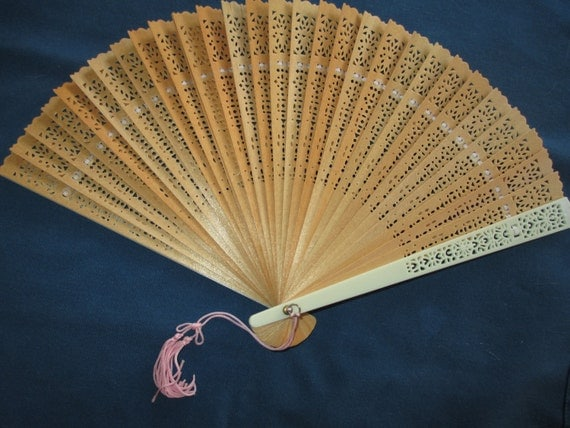 Vintage Natural Wooden Hand Fan